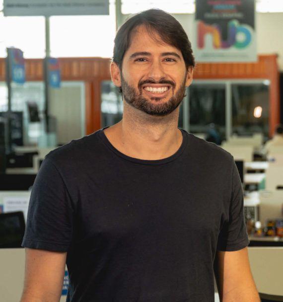 Gustavo Menezes